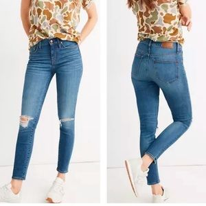 """Madewell 9"""" High-Rise Skinny Crop Distressed Jeans"""